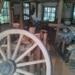 Het interieur van de wielenmakerij