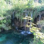 Een mooie waterval in het National Park Plitvice