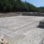 In Conimbriga ligt deze hele fraaie zeer complete mozaïekvloer.