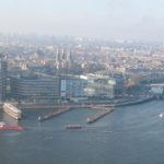 Vanaf A'DAM Lookout, boven op de A'DAM Tower, is dit het uitzicht over Amsterdam.