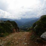 Tijdens het wandelen hadden wij dit fraaie uitzicht over de bergen.