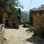 Een leuk dorpje met mooie gebouwtjes waar wij doorheen moesten wandelen.