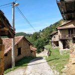 Vanuit het dorpje toch nog een uitzicht op de bergen.