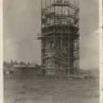 De watertoren in aanbouw
