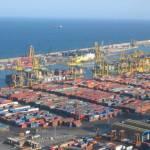 Drukte in de containerhaven van Barcelona