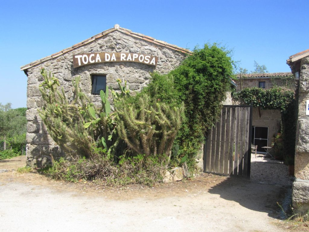 Camping Toca Da Raposa is een hele mooie camping in Portugal.