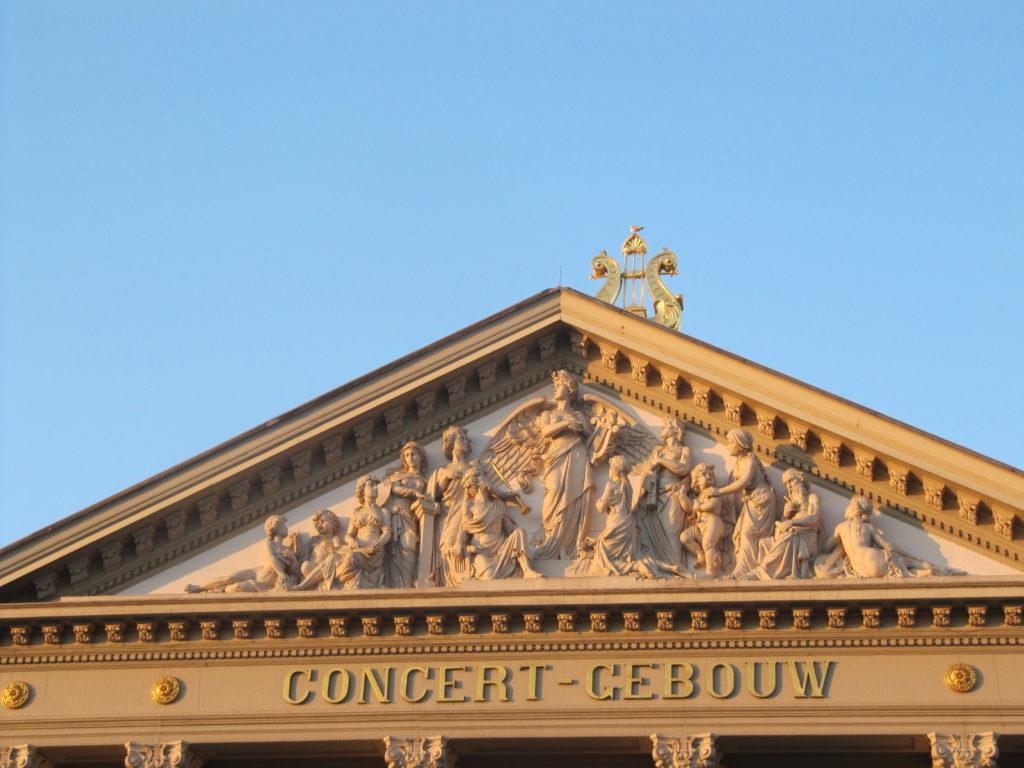 Het dak van Het Concert Gebouw is erg fraai.