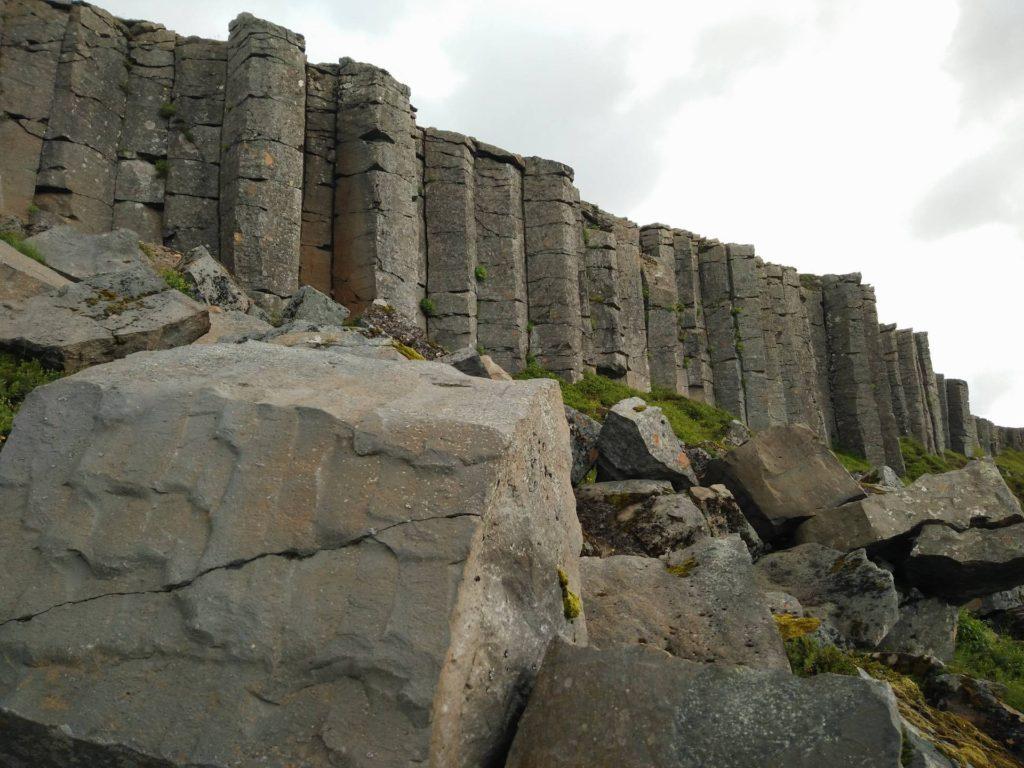 Basaltzuilen bij Gerðuberg