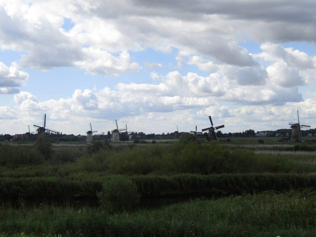 Uitzicht op Kinderdijk (1)